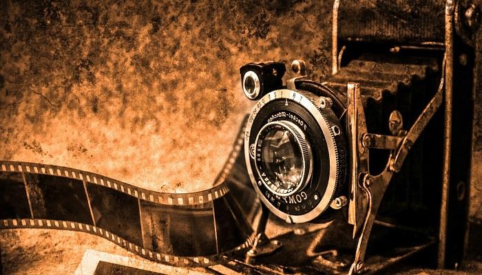 昔のフィルムカメラ